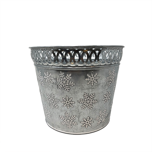 Trimmed Silver Snowflake Container Image